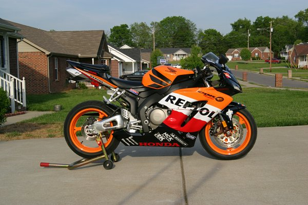 Honda Cbr 1000rr Repsol Decal Placement